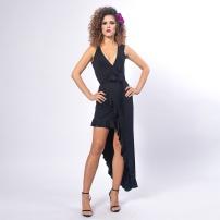 czarna-sukienka-z-falbanami